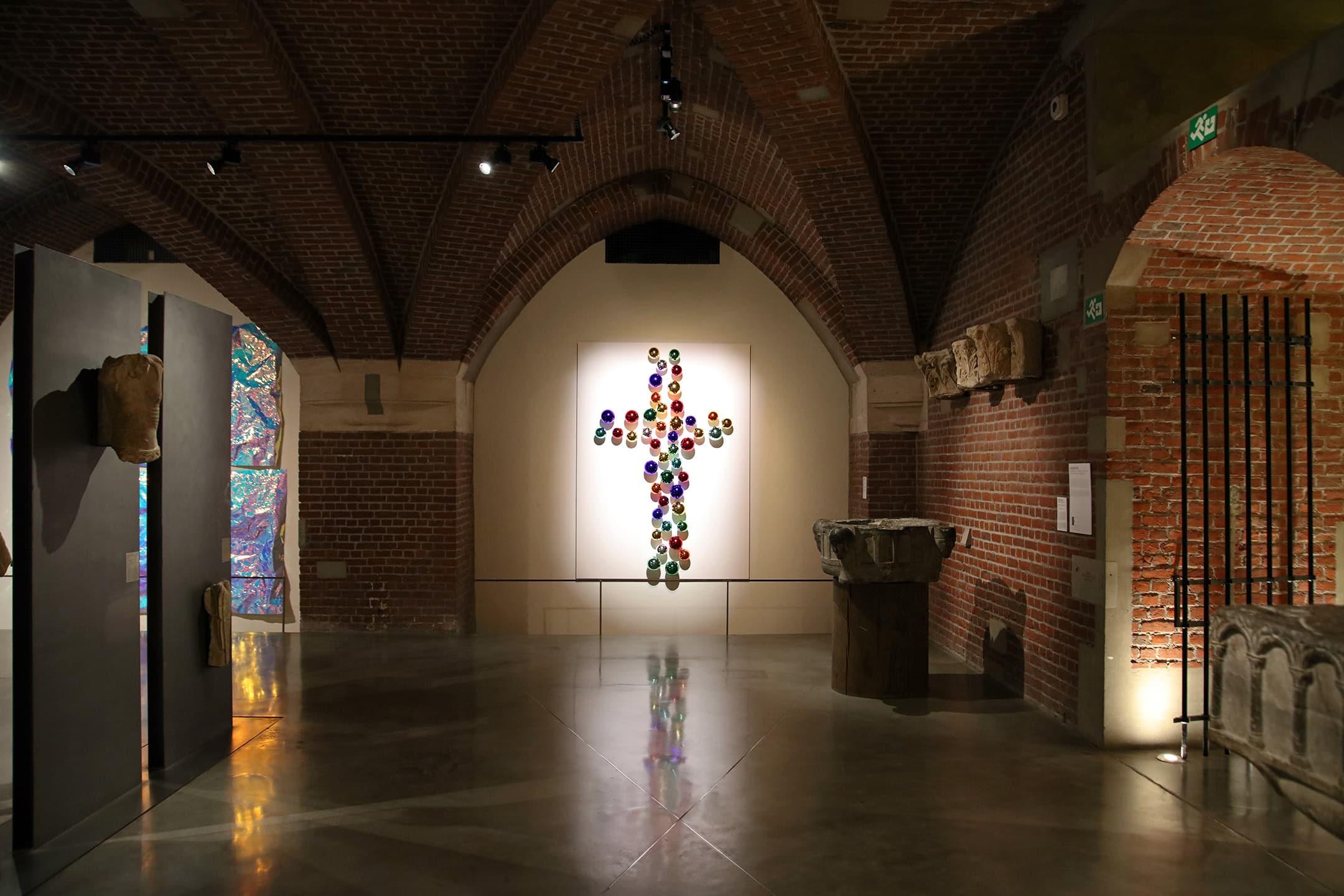 :mentalKLINIK, Exhibition, GOLDEN ROOM